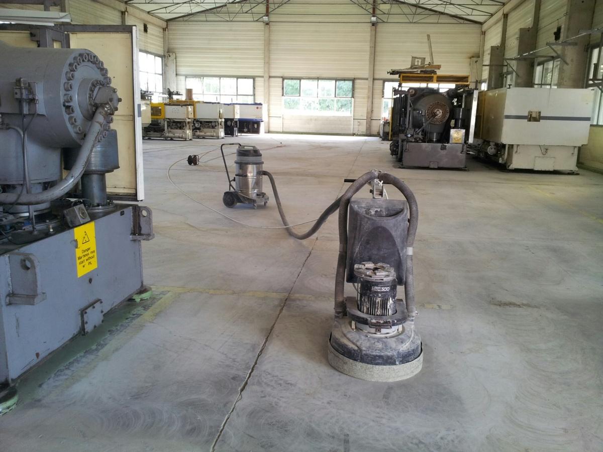 betonfestek eltavolites-betoncsiszolassal